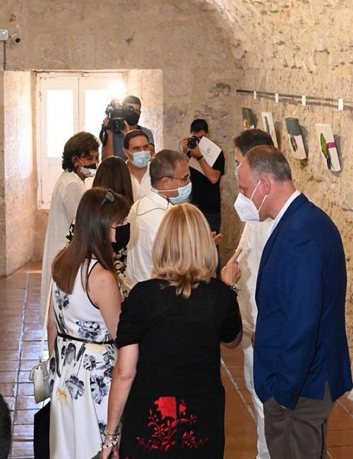 Visita inauguración La alegría de pintar de Olga Sinclair_2